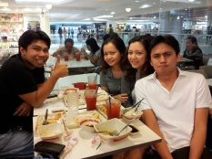 Lunch date with Jec, Kye, and Omi. (Mar.'12)