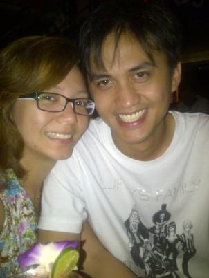 Enjoying the band at a Koh Samui bar and resto. (Sept.'12)