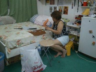 Mommy serious at DIY-ing. Hihi.