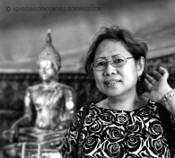 With Mom at Wat Po. (Mar.'12)
