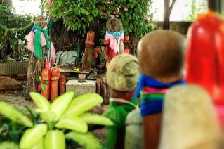 At Lingam Shrine with Mom. (Aug.'12)