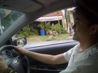 Lav right hand driving at Koh Samui. (Sept.'12)
